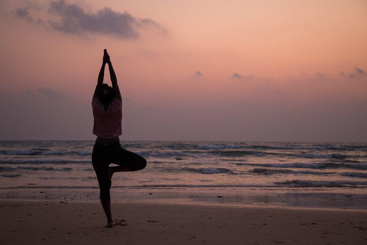yoga-3479098_1280